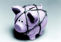 Sazby hypoték se stále drží mimořádně nízko