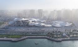 Jean Nouvel v katarském městě postavil muzeum ve tvaru pouštní růže